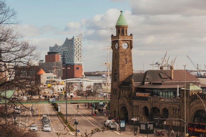 MAGNA AG unterstützt Hamburg Towers