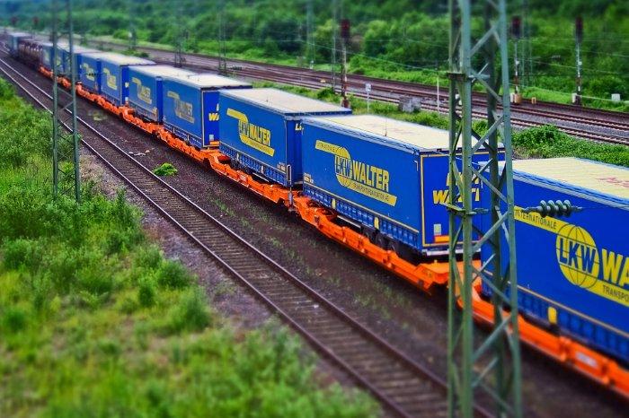 Aves One AG - Intermodalwagen im Rail-Portfolio